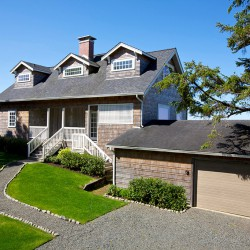 Mooney Oregon Coast Home